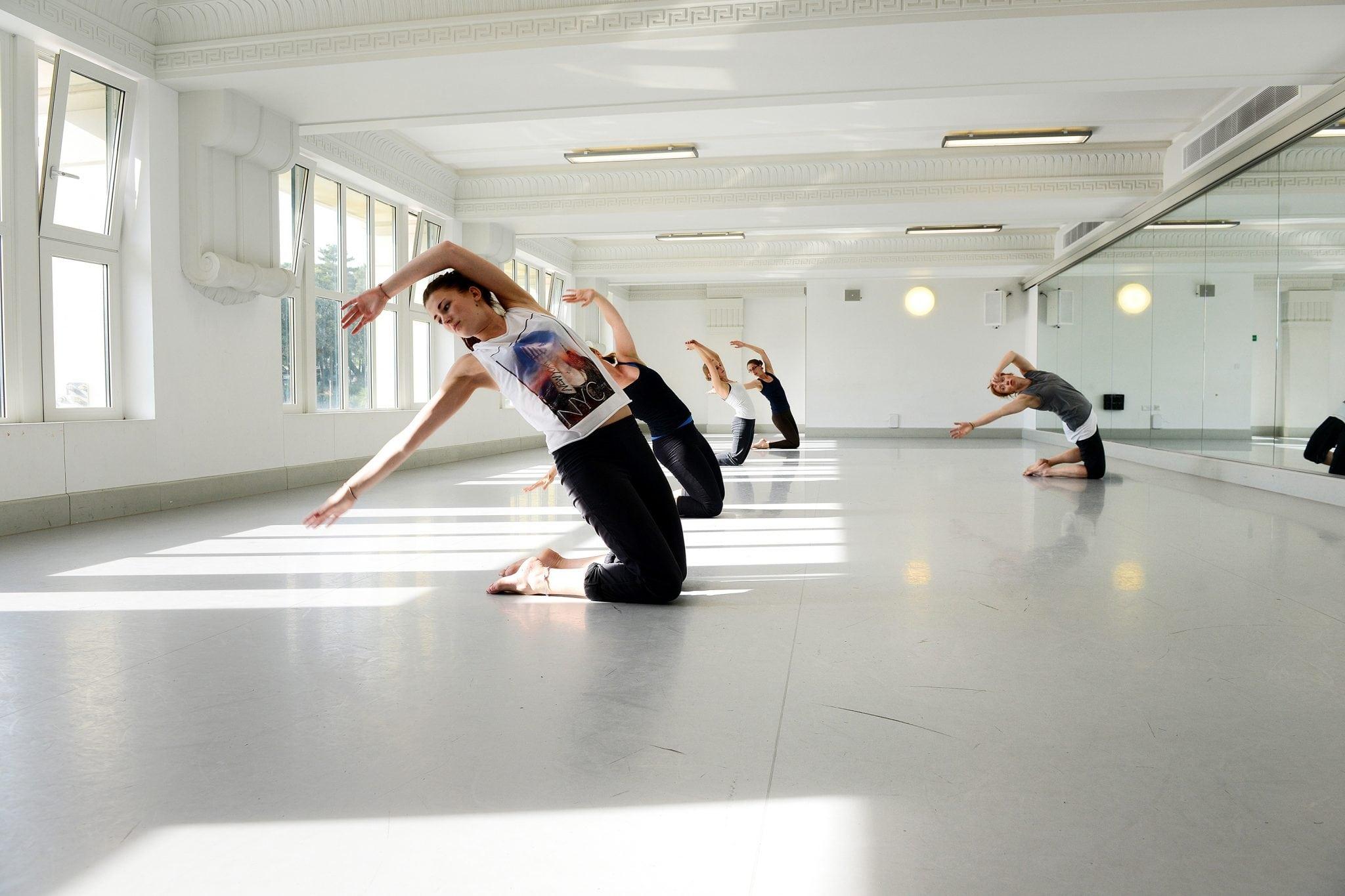 BA (Hons) Dance explore tech collab and live streams
