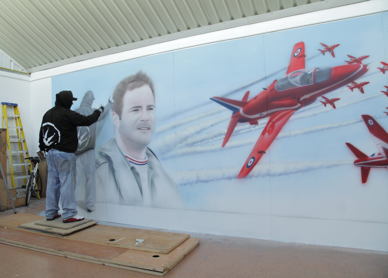 Courageous Red Arrows pilot honoured in large-scale mural