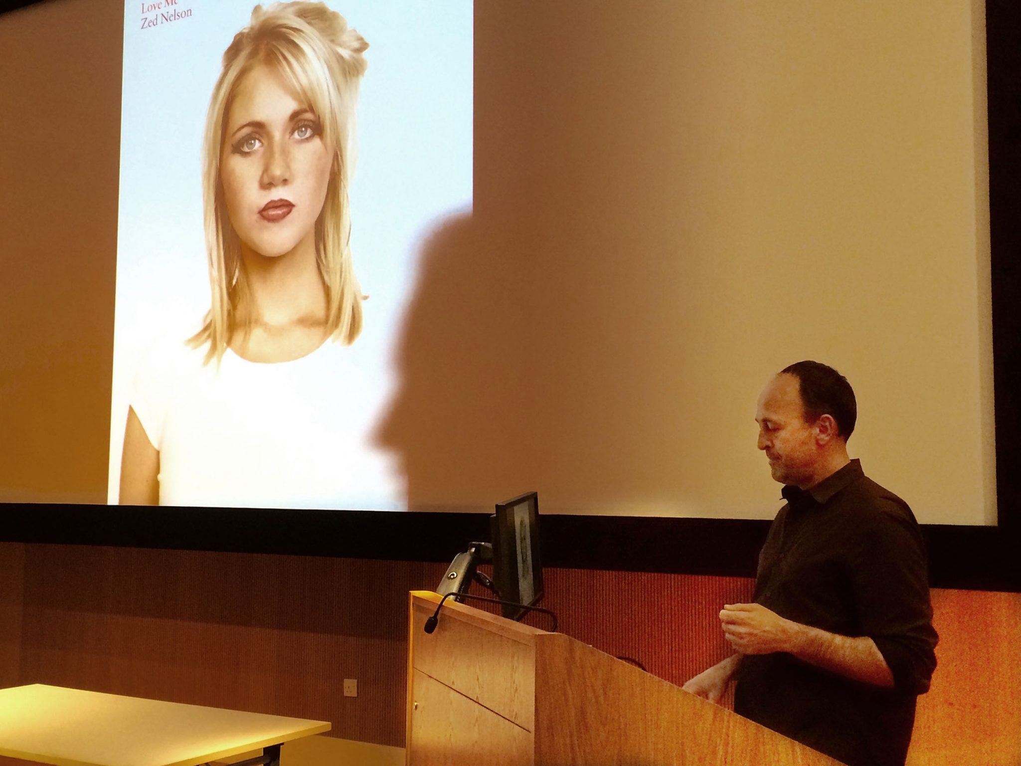 Renowned Photographer and Course Mentor, Zed Nelson, Hosts Guest Lecture