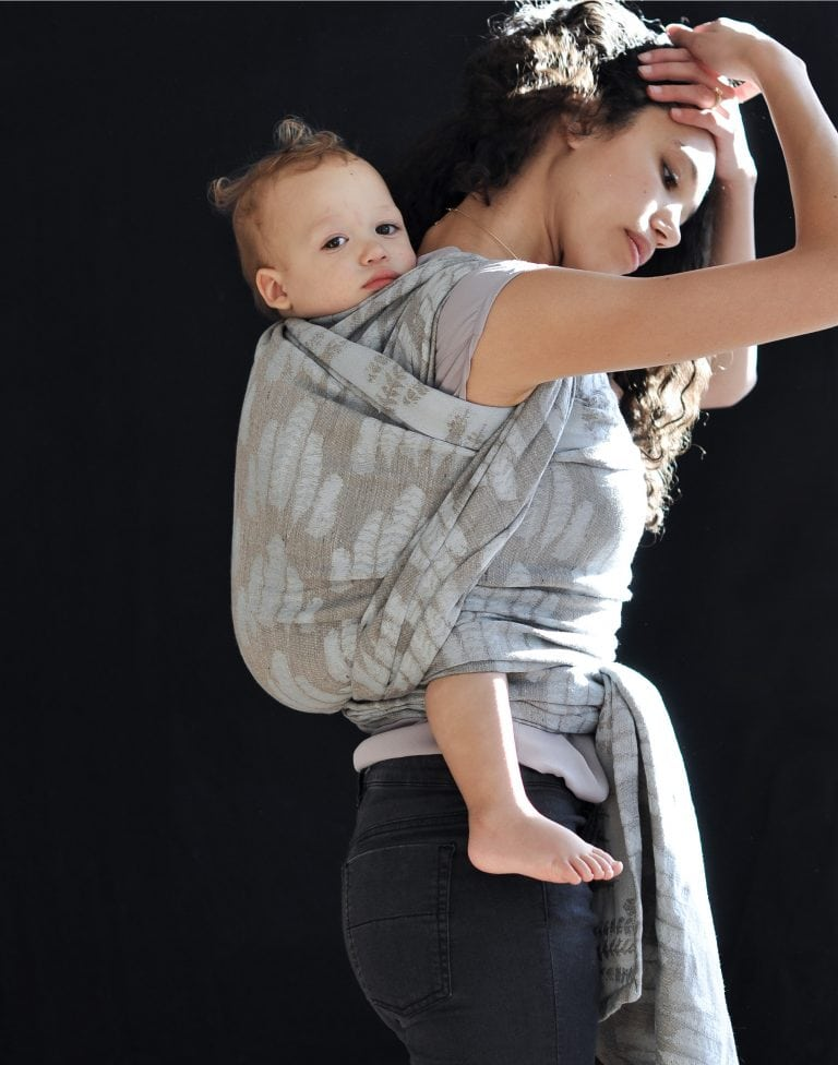 Sling Studio - mother with baby in sling
