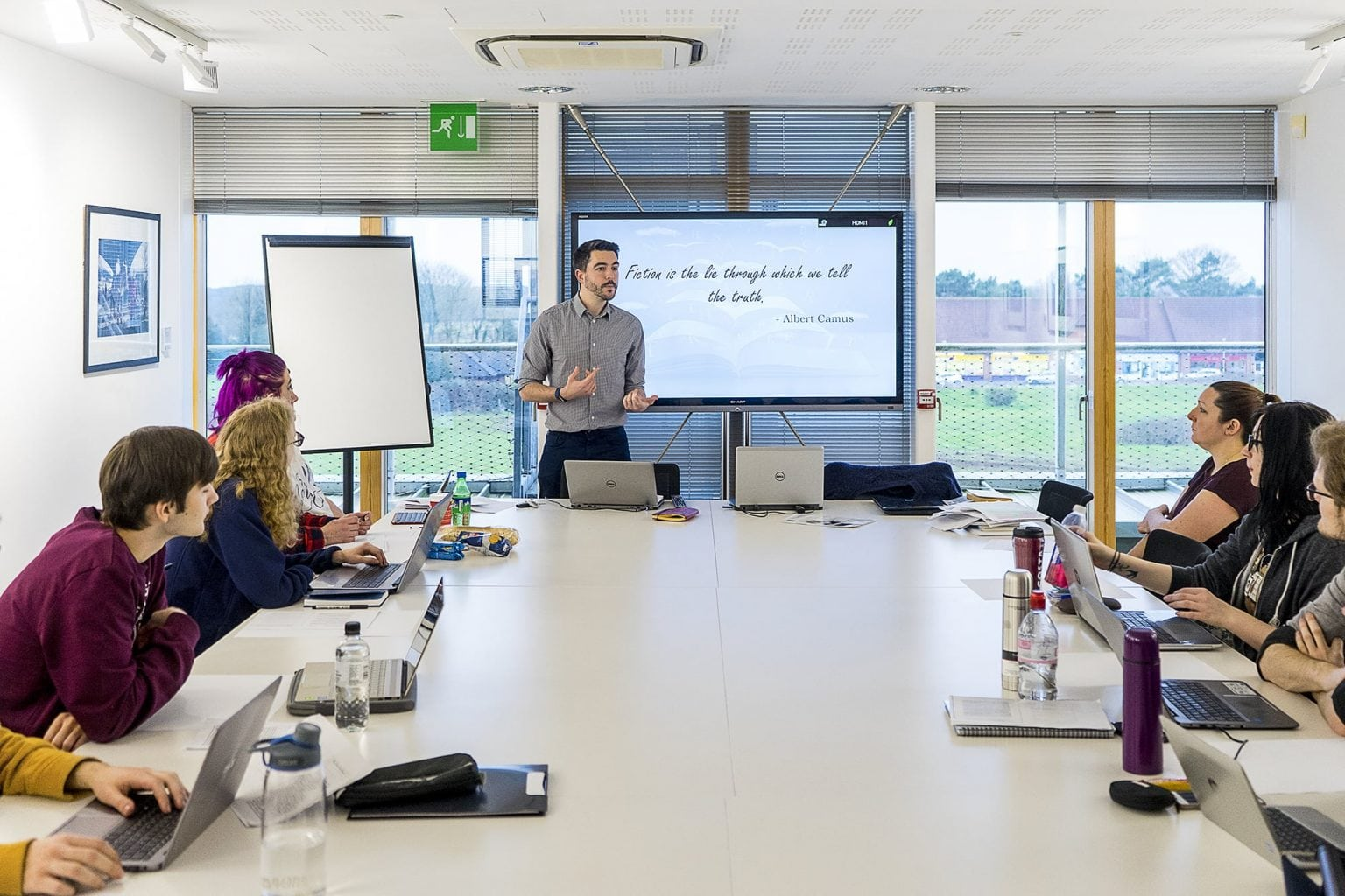 <p>Creative Writing seminar with course leader James Cole</p>
