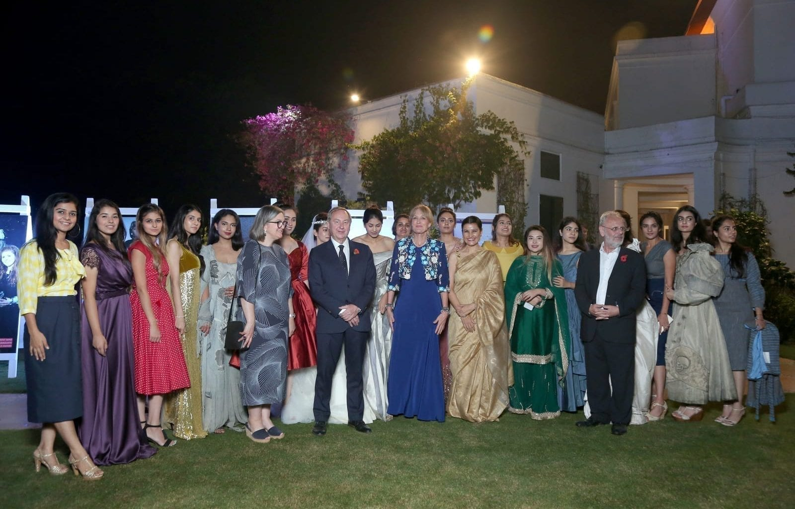 The AUB delegation in the garden of the British High Commissioner to India, Sir Dominic Asquith